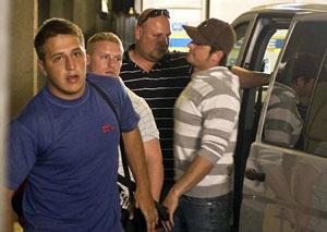 Gert, Reinhard and Frikkie at the jail to start their sentence