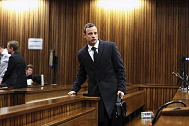 Oscar-briefcase-court
