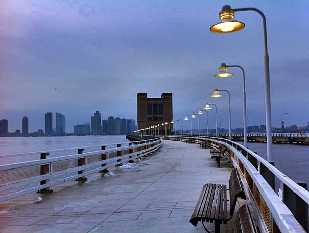 A Winter walk down the Hudson River