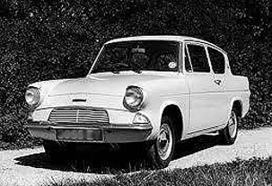 "Her getaway car was a Ford Anglia and in evidence, her accomplice, Marthinus Choegoe stated that ""...die missies het baie vinnig gery."""