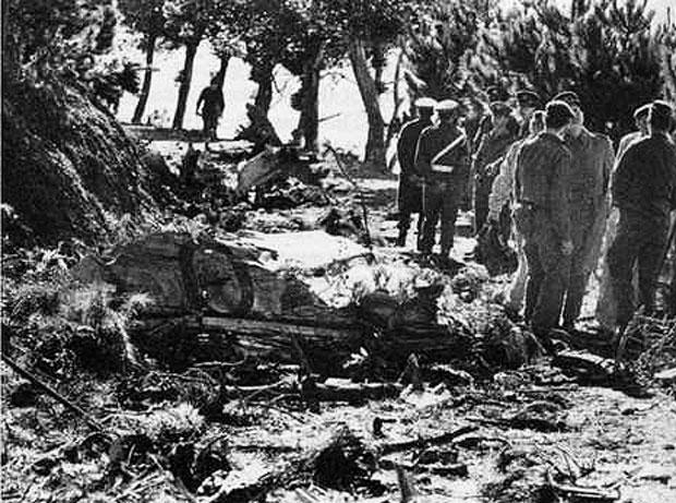 saafmercuriuscrash1971-wreckage